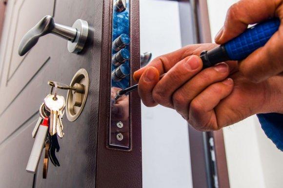 Installer uneserrure pour sécuriser son domicile à Monistrol-sur-Loire